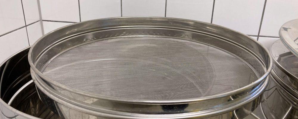 Honigernte - Abfüllbehälter